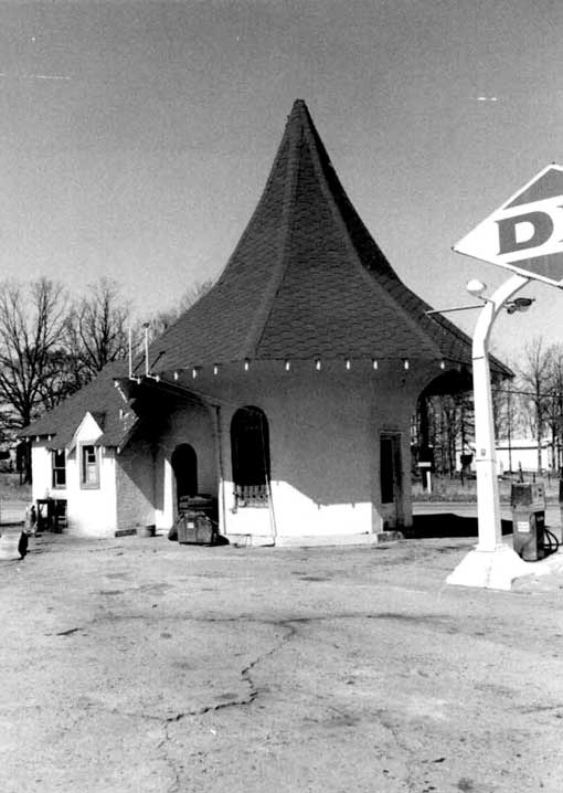 The Roundtop Filling Station